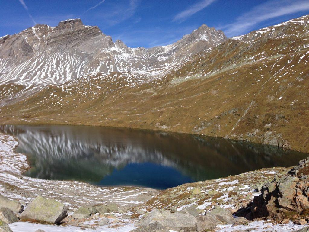 mit Strich und Faden  See val Ravais-ch Graubünden Schweiz