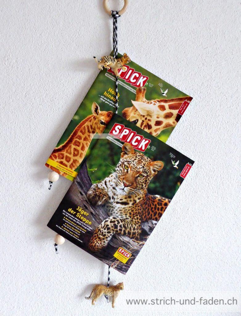mit Strich und Faden: Zeitschriftenhalter fürs Kinderzimmer mit SchleichTieren
