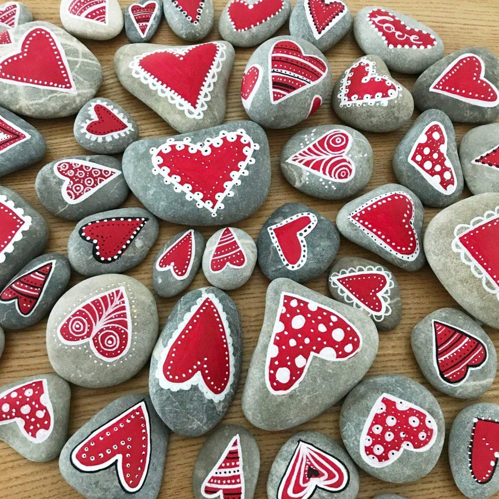 mit Strich und Faden: Steine bemalen